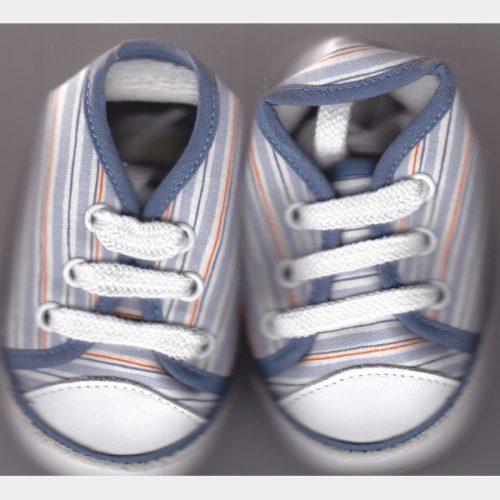 Chaussures en toile ligné bleu